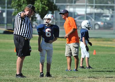 GAB_6197 2010-08-21 10-15 Ogden Valley @ MC Jr Pee Wee Blue (Bowler), North field