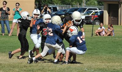 GAB_6259 2010-08-21 10-15 Ogden Valley @ MC Jr Pee Wee Blue (Bowler), North field-1