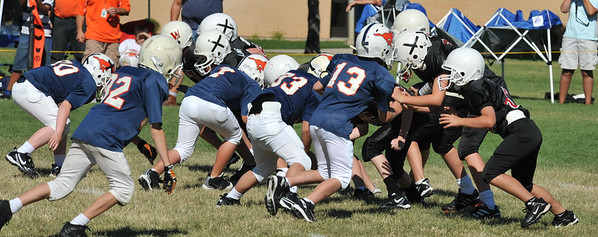 GAB_6257 2010-08-21 10-15 Ogden Valley @ MC Jr Pee Wee Blue (Bowler), North field-1