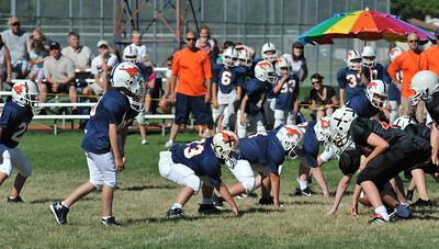 GAB_6224 2010-08-21 10-15 Ogden Valley @ MC Jr Pee Wee Blue (Bowler), North field-1