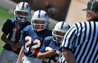 GAB_6196 2010-08-21 10-15 Ogden Valley @ MC Jr Pee Wee Blue (Bowler), North field