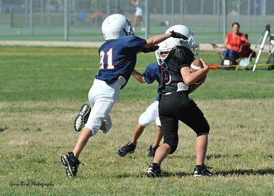 GAB_6227 2010-08-21 10-15 Ogden Valley @ MC Jr Pee Wee Blue (Bowler), North field-1