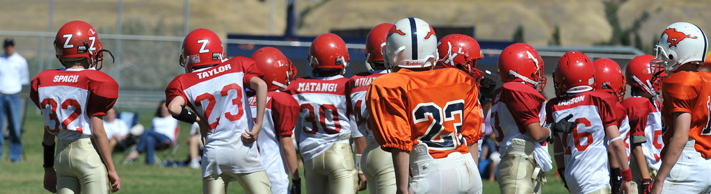 Jr. Midget White 1-45pm Logan Red @ Mtn. Crest Jr. Pee Wee White, (MC North Fld, 20100911 4171_