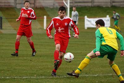 Martin McIntyre on the ball