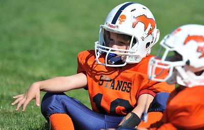 2011-09-24 FB Game 1200 pm Mitey Mite - West Haven @ Mountain Crest Orange