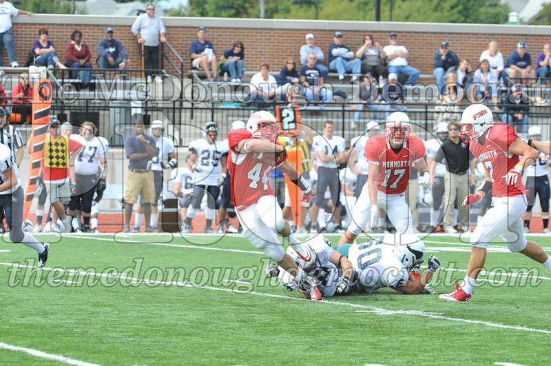 Coll Fb Monmouth vs Lawrence 09-17-11 097
