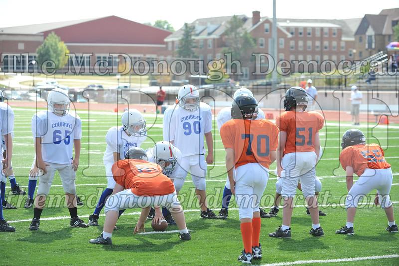 JFL Fb Monmouth Cowboys vs Macomb Broncos 09-11-11 043