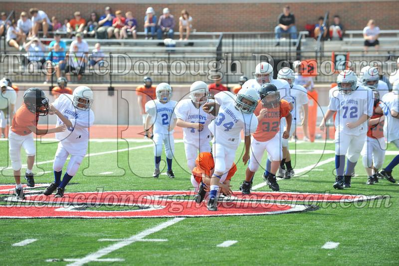 JFL Fb Monmouth Cowboys vs Macomb Broncos 09-11-11 031