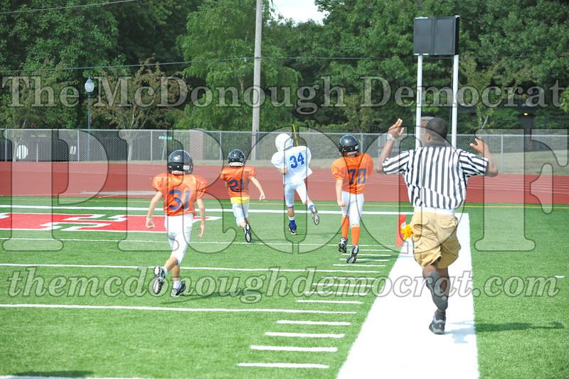 JFL Fb Monmouth Cowboys vs Macomb Broncos 09-11-11 039