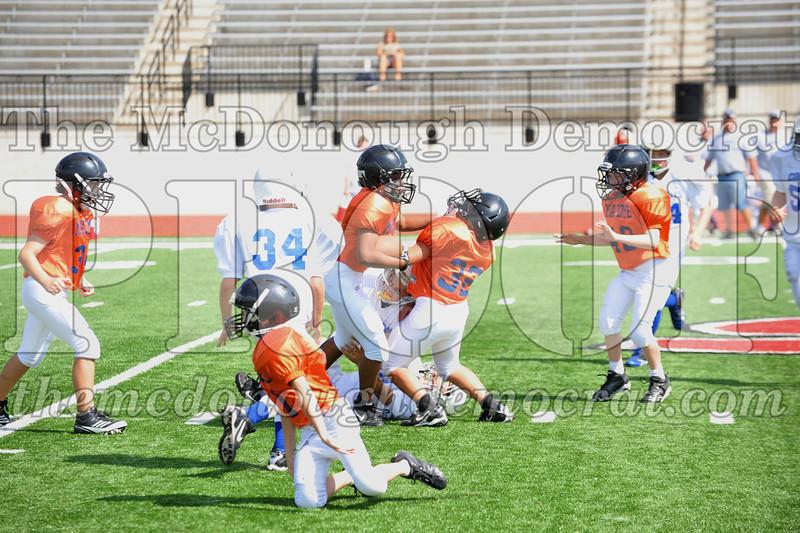 JFL Fb Monmouth Cowboys vs Macomb Broncos 09-11-11 050