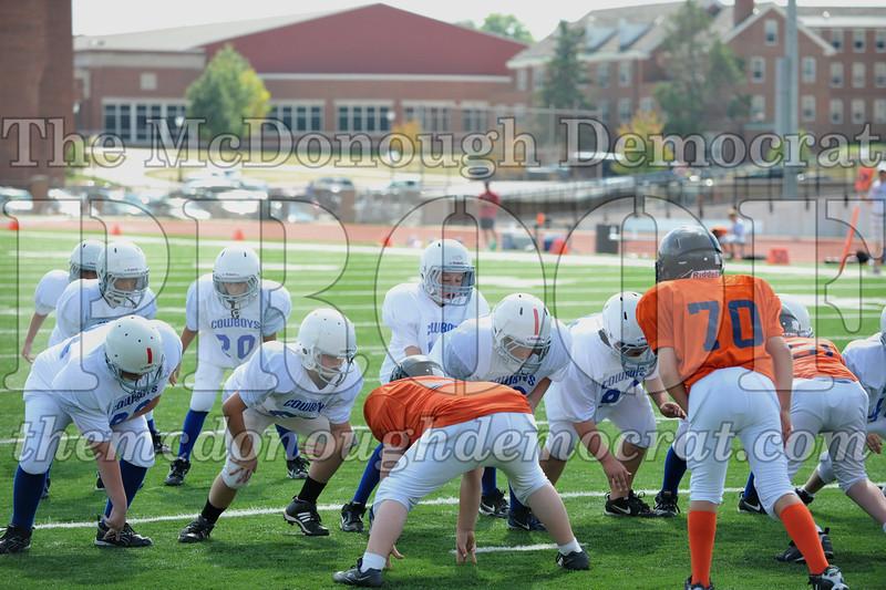 JFL Fb Monmouth Cowboys vs Macomb Broncos 09-11-11 045