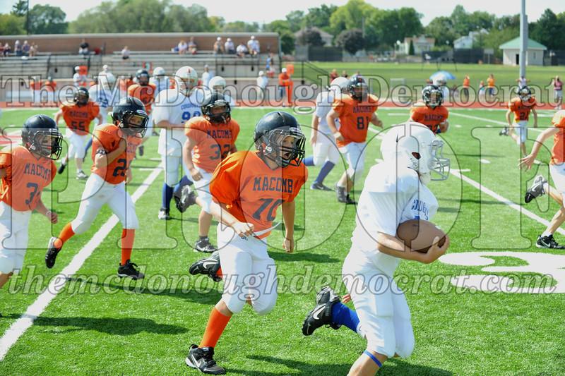 JFL Fb Monmouth Cowboys vs Macomb Broncos 09-11-11 036