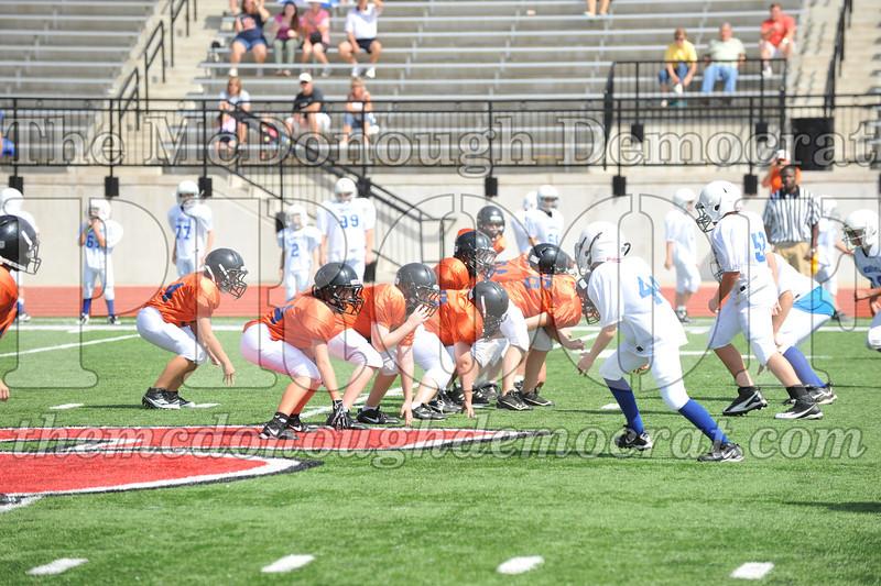 JFL Fb Monmouth Cowboys vs Macomb Broncos 09-11-11 063