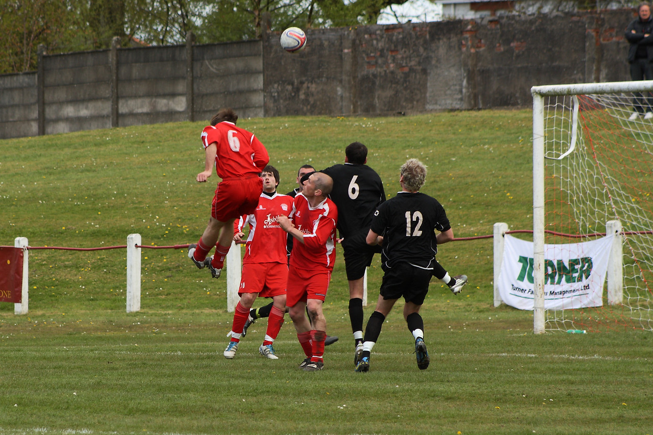 Chris Loughlin gets his head to a cross but guides it past the post