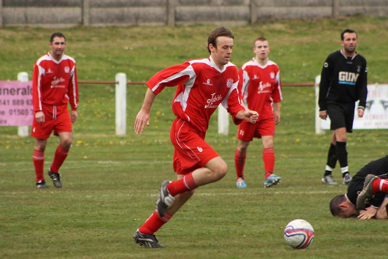 Chris Loughlin on the run