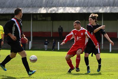 Colin Smith shielding the ball