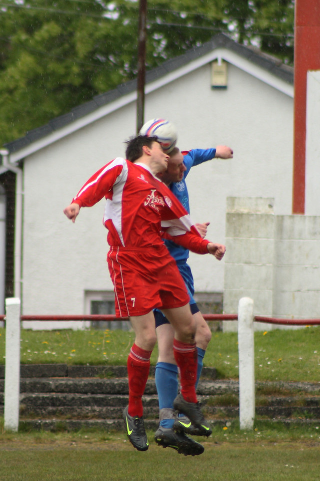 Martin McIntyre up for a header