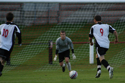 Scott Nugent through on goal for Port Glasgow which he scored to make it 3-2 to Port