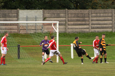 Almost 3-0 to Largs, Kevin Struthers smacks the ball off the bar