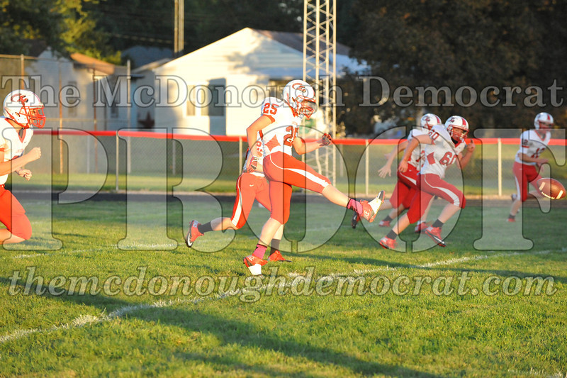 HS B Fb Jv BPC vs Lewistown 10-07-13 043