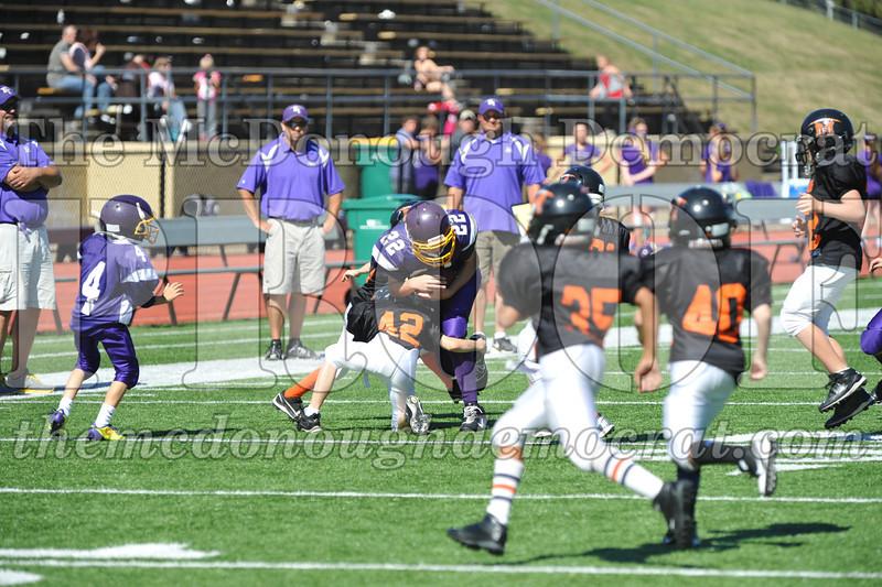 GS B Fb Macomb Black vs Rushville Purple 09-29-13 060