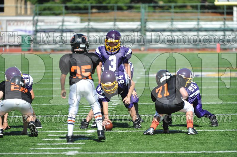 GS B Fb Macomb Black vs Rushville Purple 09-29-13 038