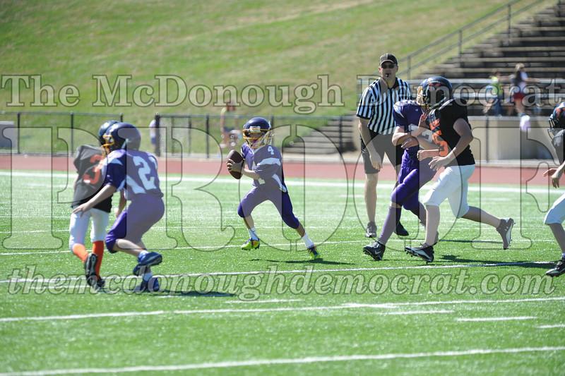 GS B Fb Macomb Black vs Rushville Purple 09-29-13 024