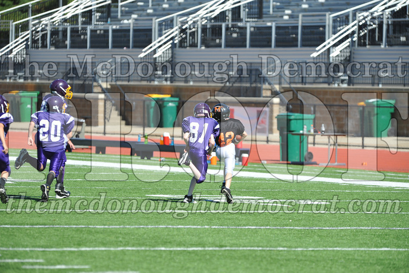 GS B Fb Macomb Black vs Rushville Purple 09-29-13 065