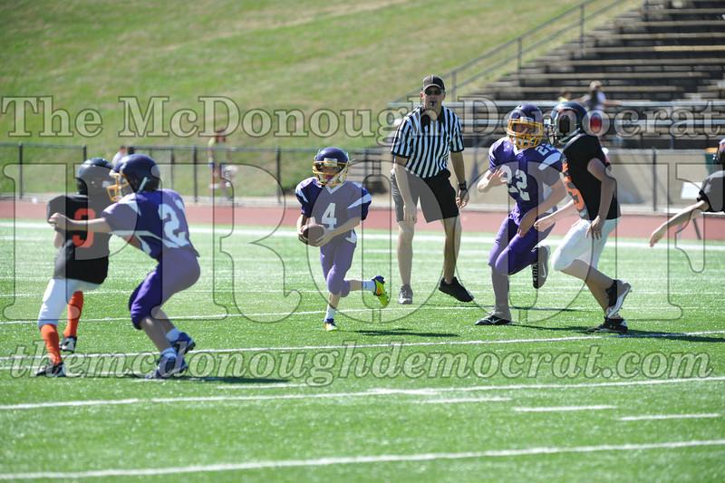 GS B Fb Macomb Black vs Rushville Purple 09-29-13 023