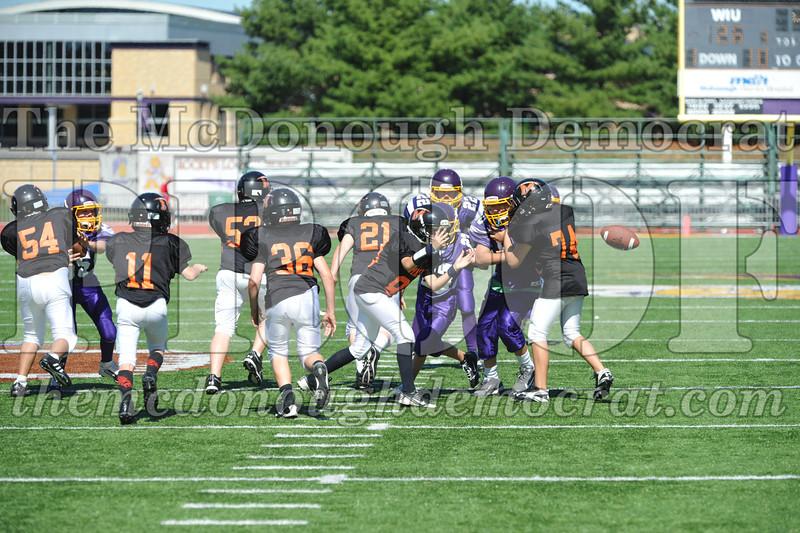 GS B Fb Macomb Black vs Rushville Purple 09-29-13 062