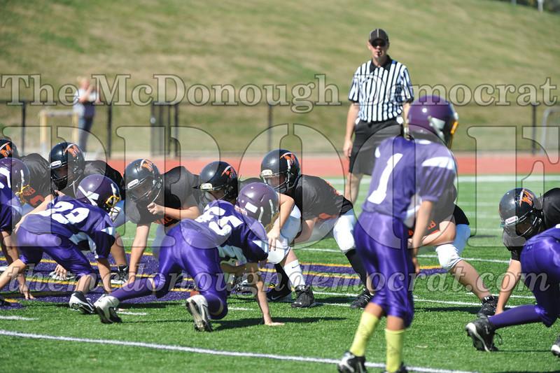 GS B Fb Macomb Black vs Rushville Purple 09-29-13 010