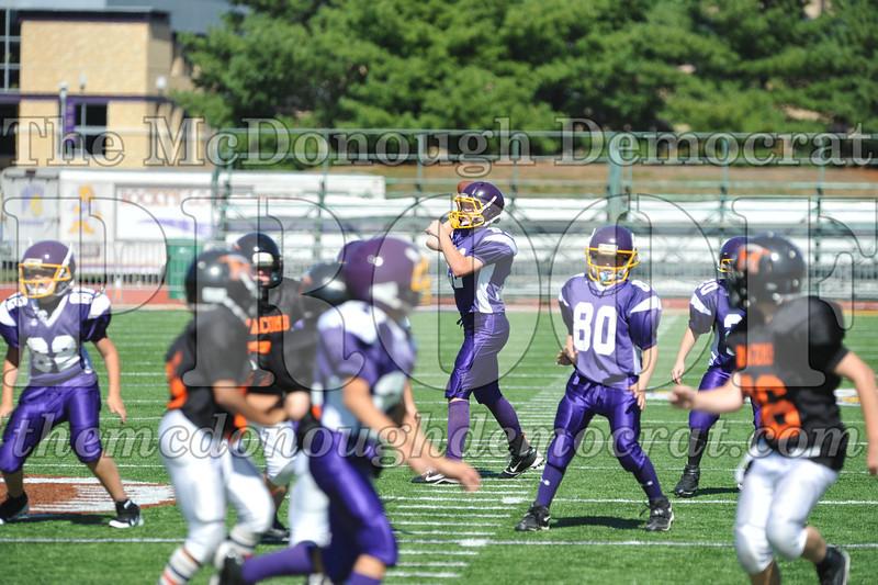 GS B Fb Macomb Black vs Rushville Purple 09-29-13 053