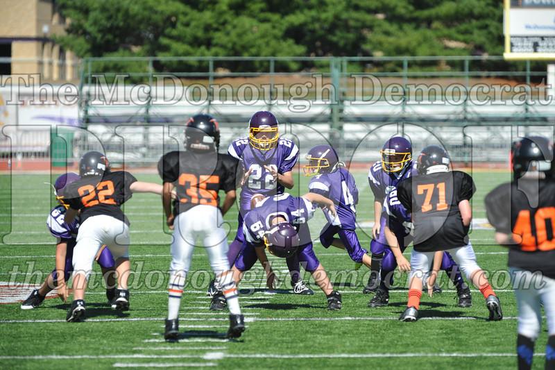 GS B Fb Macomb Black vs Rushville Purple 09-29-13 056