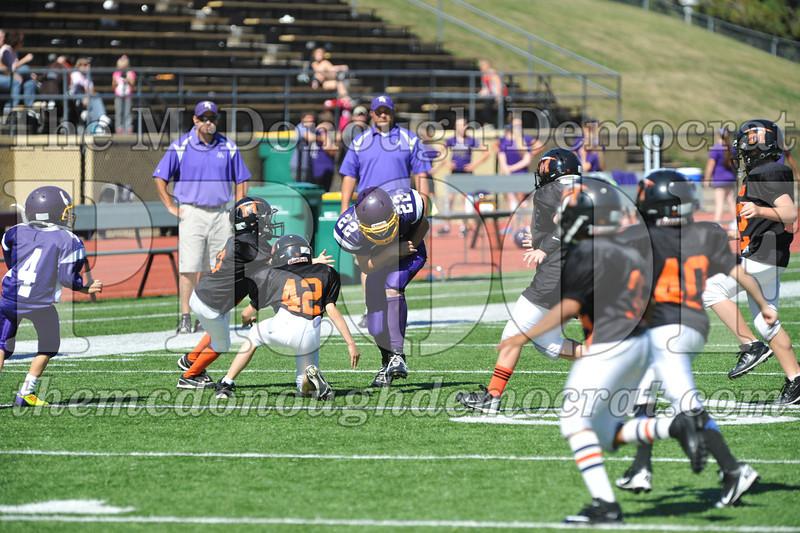 GS B Fb Macomb Black vs Rushville Purple 09-29-13 059