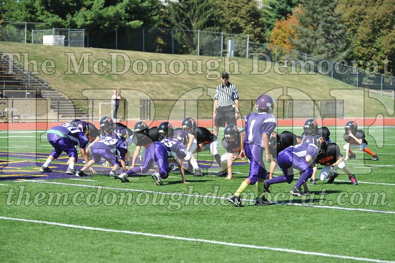 GS B Fb Macomb Black vs Rushville Purple 09-29-13 011