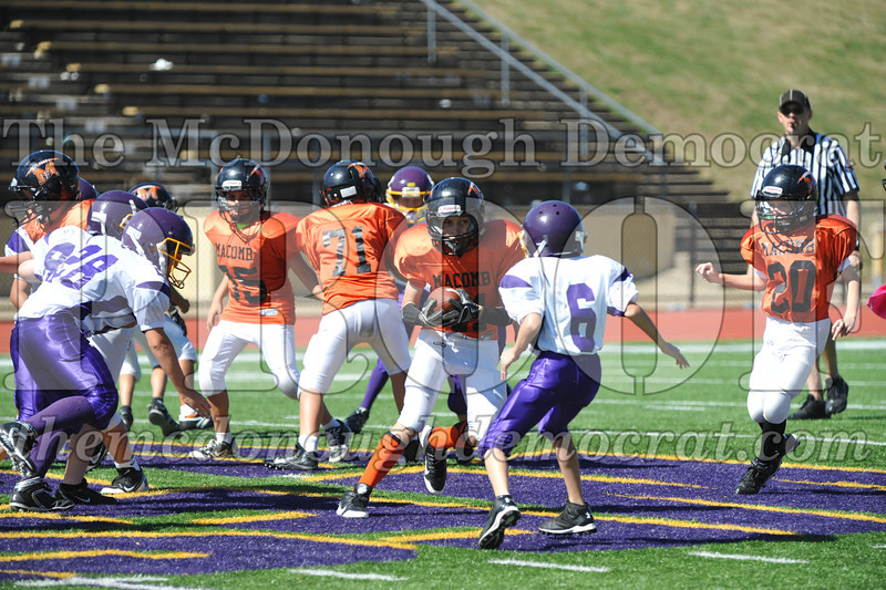 GS B Fb Macomb Orange vs Rushville White 09-29-13 037