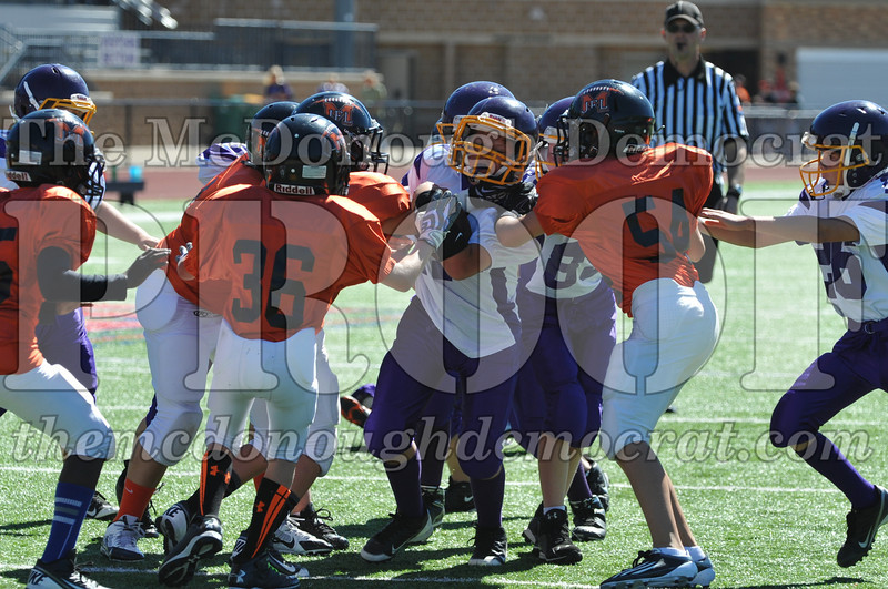 GS B Fb Macomb Orange vs Rushville White 09-29-13 019