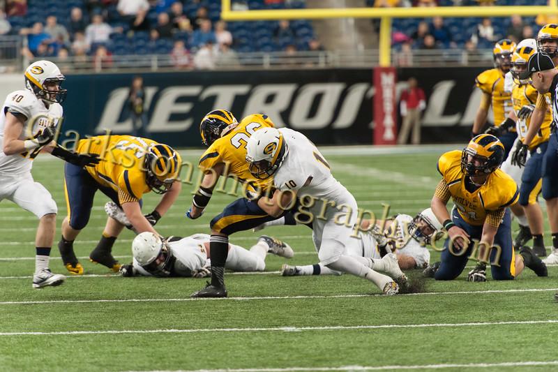 2014 Clarkston Varsity Football vs  Saline 275