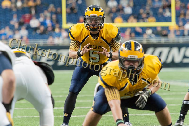 2014 Clarkston Varsity Football vs  Saline 299