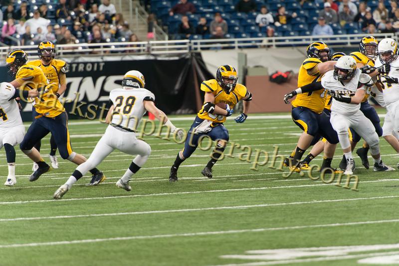 2014 Clarkston Varsity Football vs  Saline 255