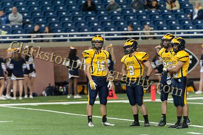 2014 Clarkston Varsity Football vs  Saline 052