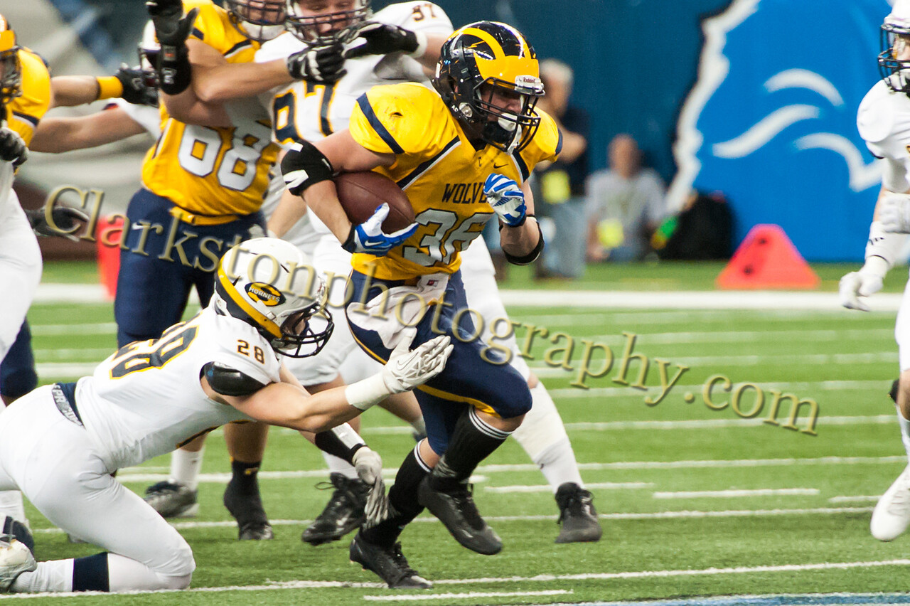 2014 Clarkston Varsity Football vs  Saline 258