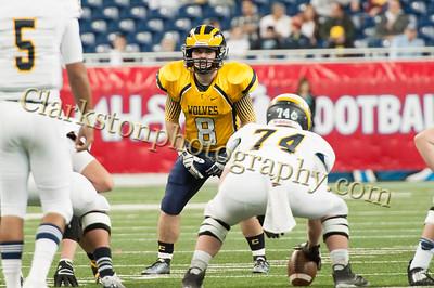 2014 Clarkston Varsity Football vs  Saline 086