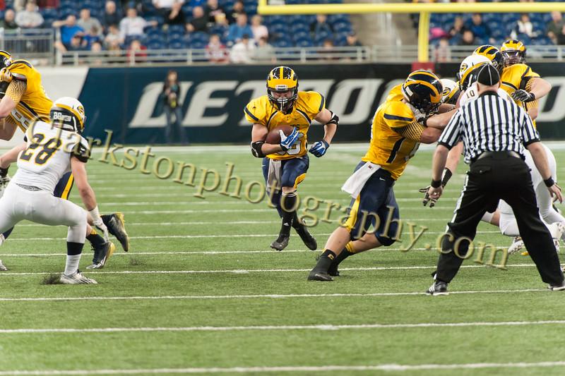 2014 Clarkston Varsity Football vs  Saline 270