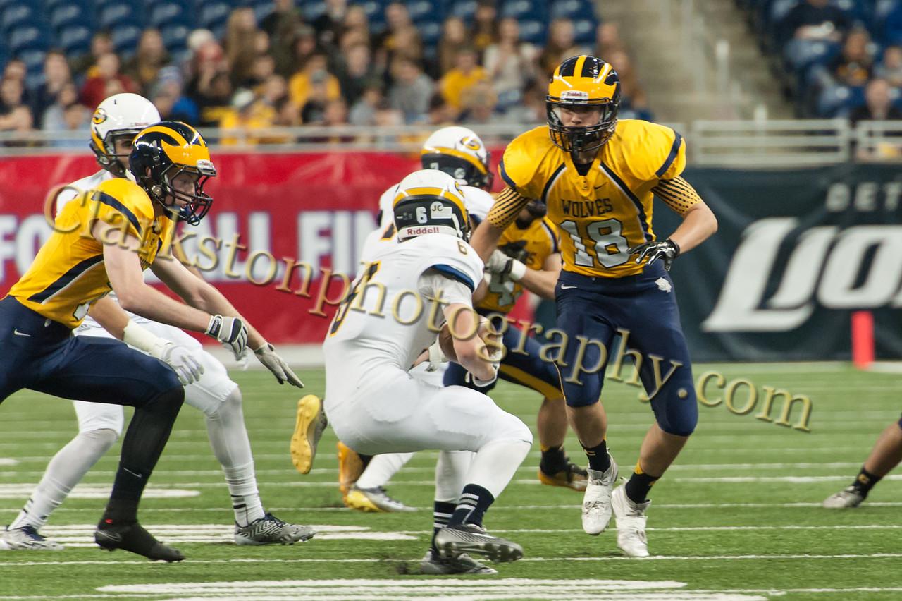 2014 Clarkston Varsity Football vs  Saline 109
