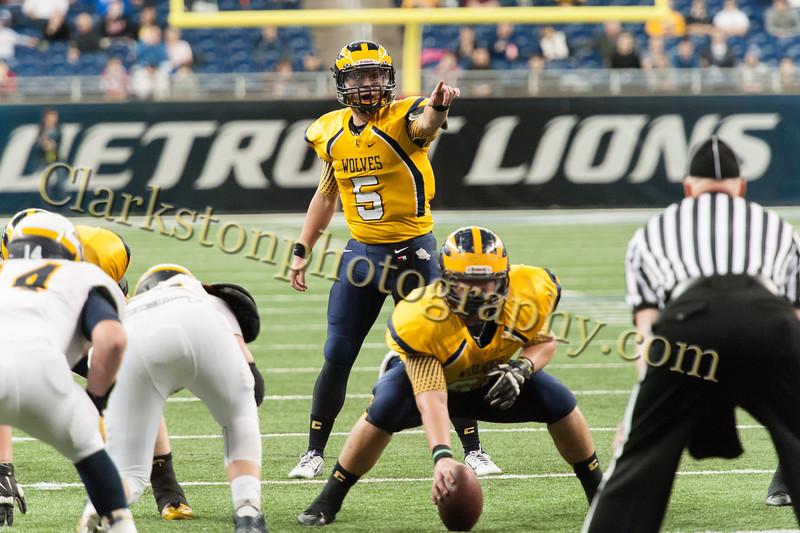 2014 Clarkston Varsity Football vs  Saline 282