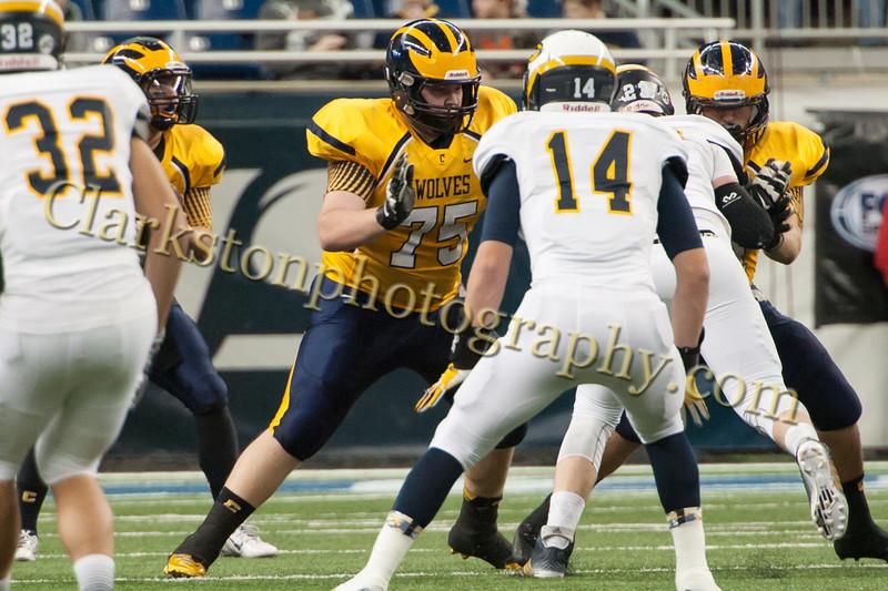 2014 Clarkston Varsity Football vs  Saline 227