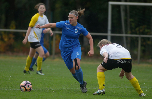 Esther Oversteyns of KRC Genk Ladies