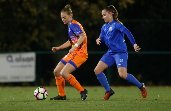 Margaux van Ackere of KAA Gent Ladies - Davinia Vanmechelen of KRC Genk Ladies