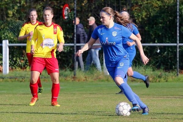 27-10-2018 - Massenhoven - SK Massenhoven - KRC Genk Ladies ll - Sylke Calleeuw of KRC Genk Ladies